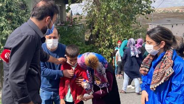 Arnavutköy'de üzerine direk düşen çocuk son yolculuğuna uğurlandı