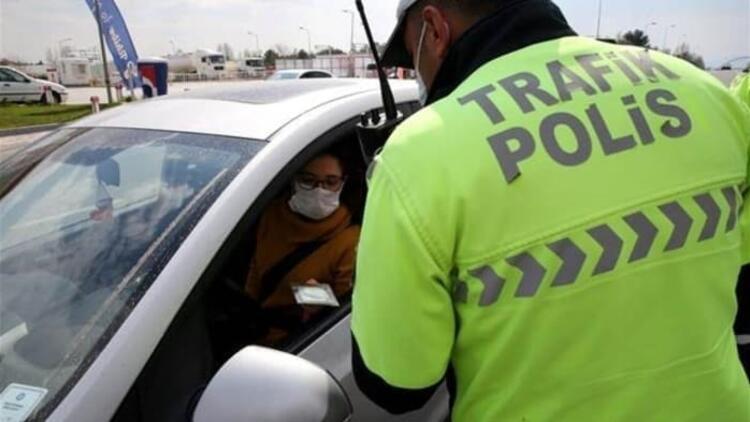 Muş'ta özel araçlarda maske takma zorunluluğu getirildi