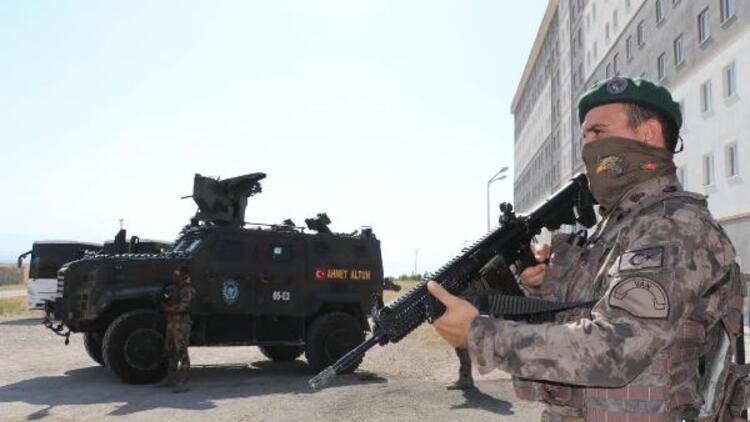 Van'da karantina ihlali yapanlar yurtta özel harekat polisi kontrolünde