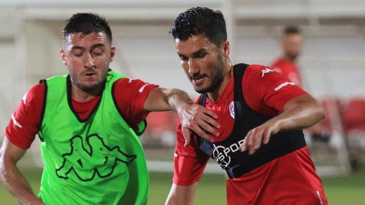 Antalyaspor, Beşiktaş maçına 2 eksikle hazırlanıyor