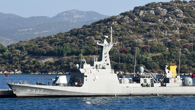 Son dakika haberler: Türk hücümbotu, Kaş Setur Marina'ya demirledi