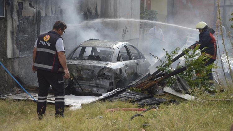 Konserve yapacaklardı... Otomobili yaktılar!