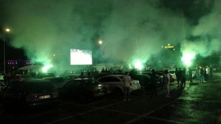 Araçlarda Misli.com keyfi! Kocaelispor maçı canlı yayınlandı...