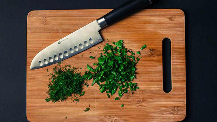 Görünümü güzel, tehlikesi büyük… Ahşap mutfak ürünlerindeki tehlikeye dikkat!