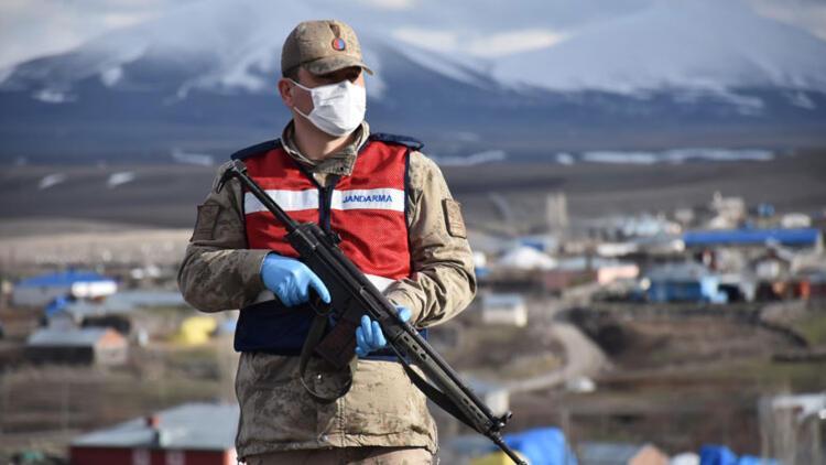 Kars'ta bir köy koronavirüs karantinasına alındı