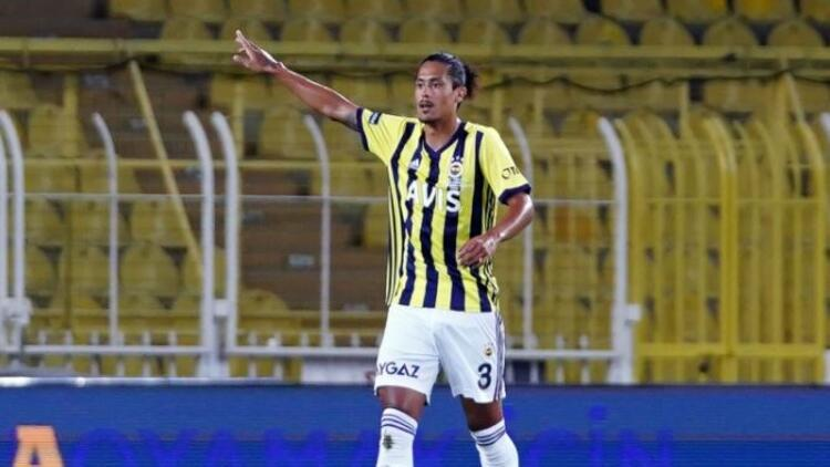 Fenerbahçe'de Valencia ve Lemos ilk kez 11'de çıktı