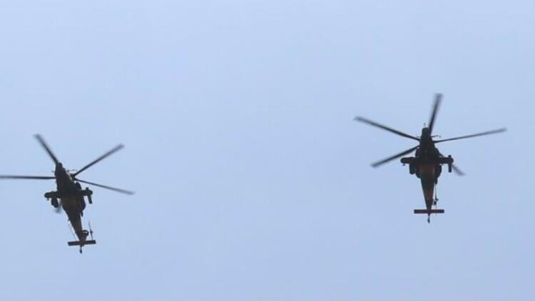 Atak helikopterleri Teknofestte boy gösterdi, kimse gözünü ayıramadı