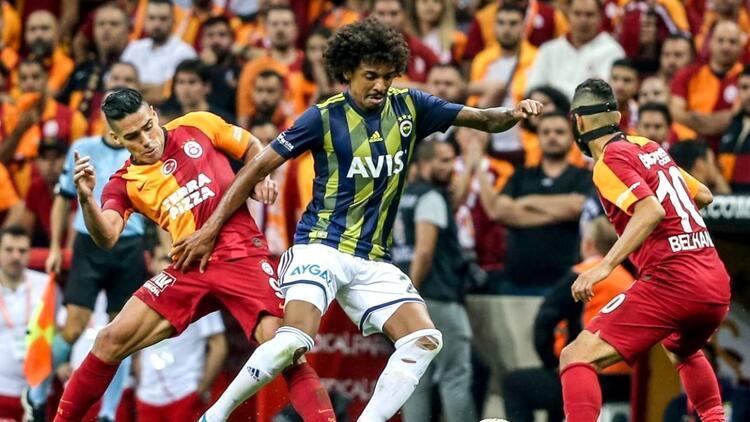Galatasaray son 20 derbinin sadece 3'ünü kazanabildi!