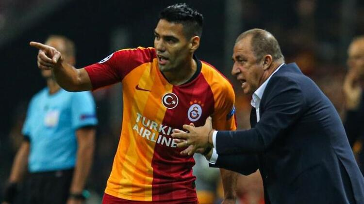 Son Dakika   Galatasaraydan orta sahaya Jorman Campuzano hamlesi Falcao bitirecek...