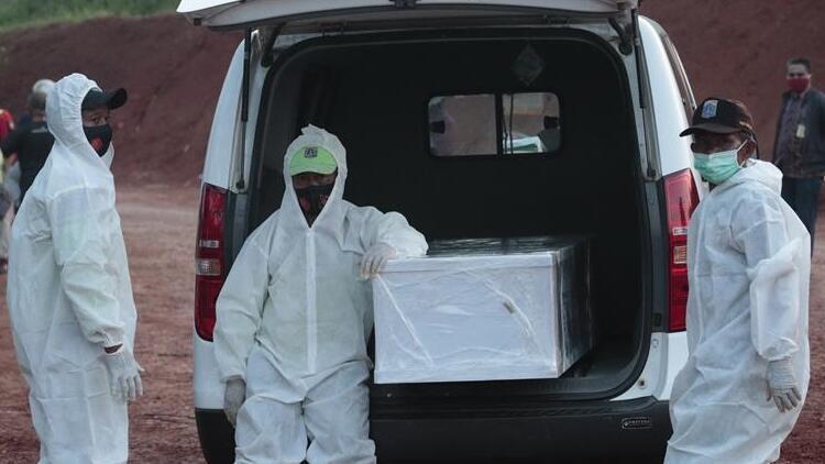 Dünya genelinde koronavirüs can kaybı 1 milyona yaklaştı