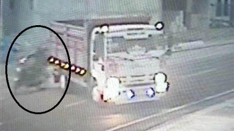 Hırsızlık yaptıkları kamyonla, ölüme neden olunca yakalandılar