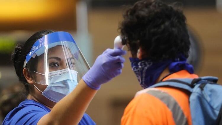 Dünya genelinde Kovid-19 tespit edilen kişi sayısı 32 milyon 792 bini aştı