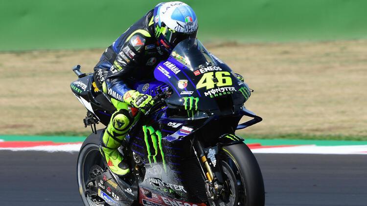41 yaşındaki Valentino Rossi, Petronas Yamaha için yarışacak