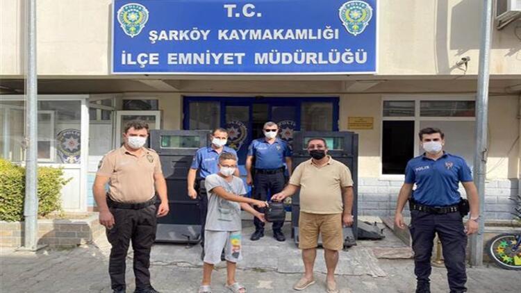 Hamza, bulduğu 42 bin lirayı polise teslim etti, kendisine verilen parayı kabul etmedi
