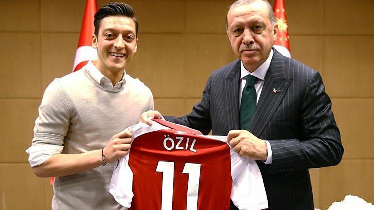 Son dakika haberi | Mesut Özil'e tarihi özür!