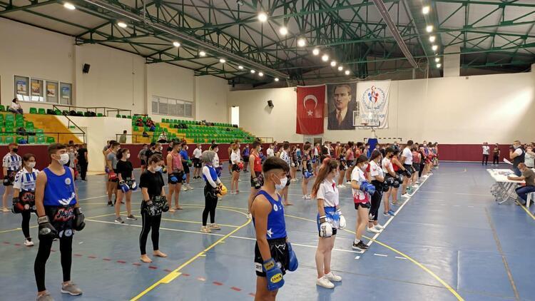Muaythai 10. Khan'a terfi sınavı İstanbul'da yapıldı