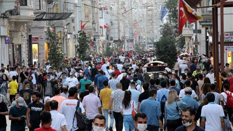 İstiklal Caddesi'nde adım atacak yer kalmadı!