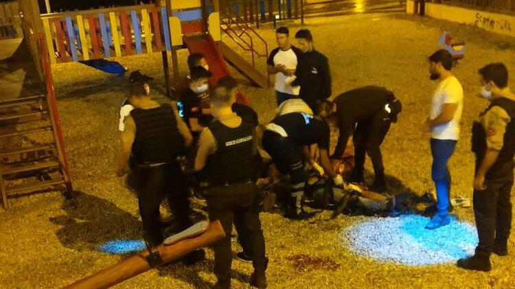 İstanbulda çocuk parkında silahlı kavga
