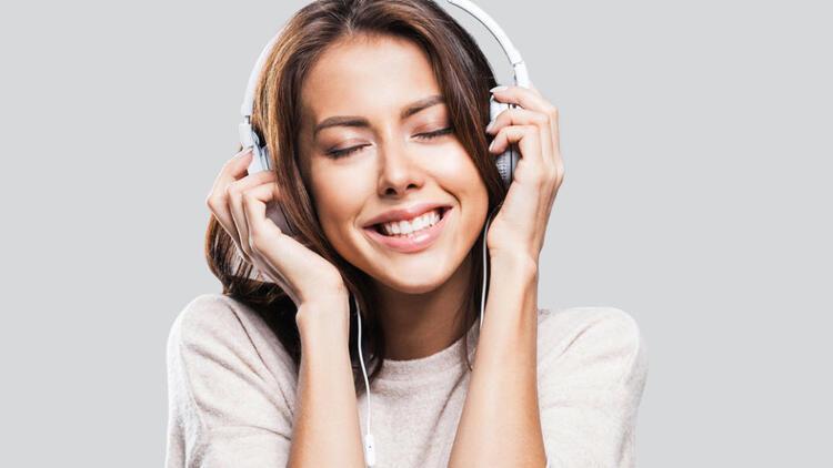 Yüksek kalitede müzik dinlemenin sırrı kulaklık mı, uygulama mı