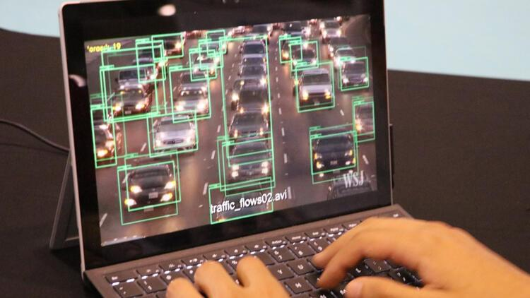 Yapay zeka bu kez kavşaklardaki trafik yoğunluğunu azaltacak