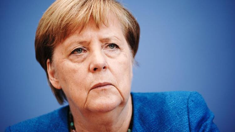 Merkel'den Noel uyarısı