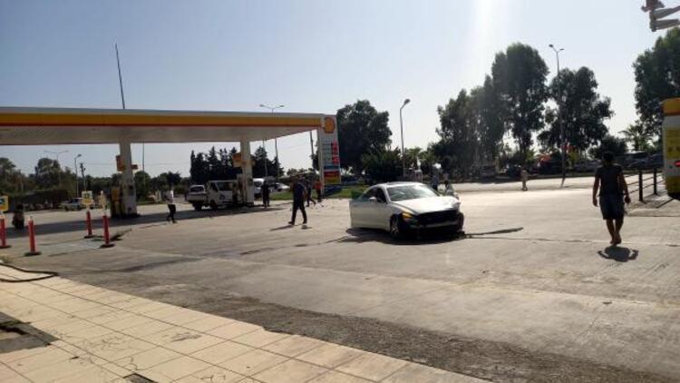 Küçük İslam'ın öldüğü kazanın ardından otomobil akaryakıt istasyonuna daldı