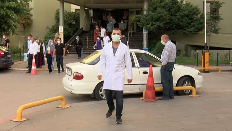 Son dakika haberler: Koronavirüsü iki kez yenen doktordan uyarı: 'Hastalığı geçirdim' diye rehavete kapılmayın