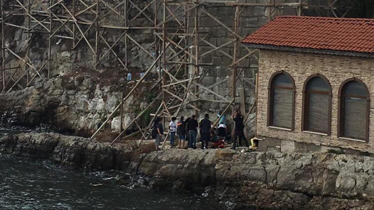 Surların önündeki iskeleden düşen işçiden acı haber!