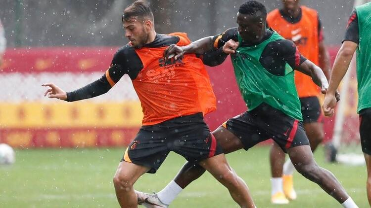 Galatasaray, dolu altında Rangers hazırlıklarına devam etti
