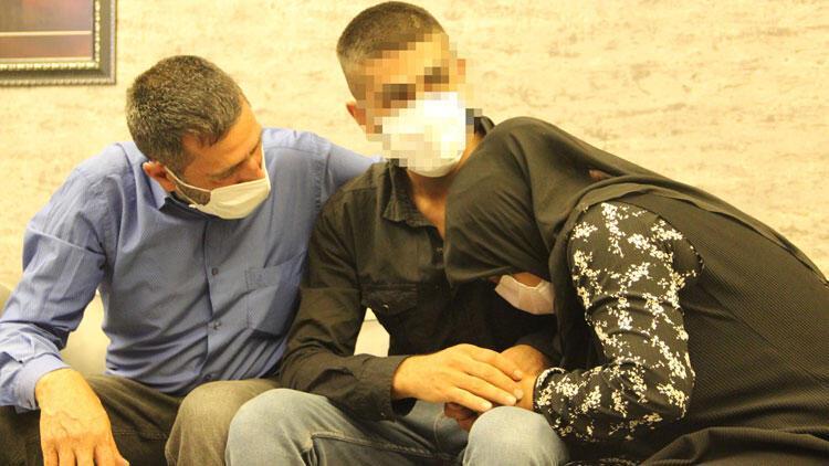 HDP önündeki evlat nöbetinde 18'inci kavuşma