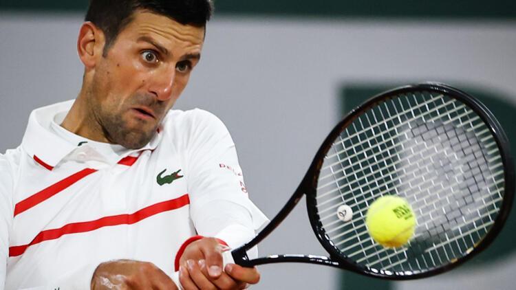 Djokovic, Fransa Açıkta ikinci tura yükseldi