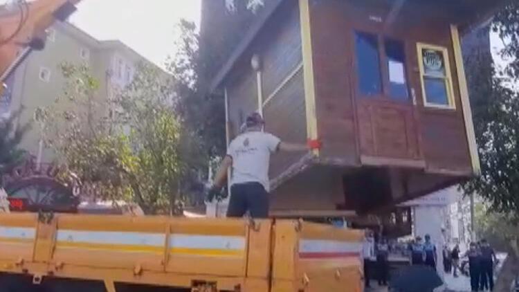 Esenyurt'ta silahlı kavganın ardından taksi durakları kaldırılıyor