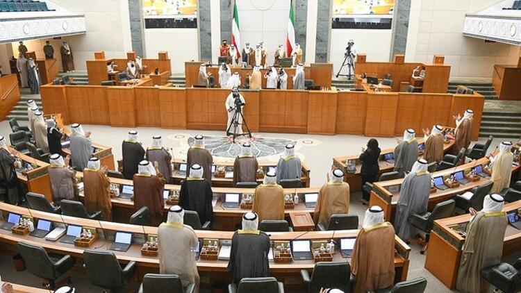 Kuveyt'in yeni Emiri ilk mesajını birlik çağrısı için verdi