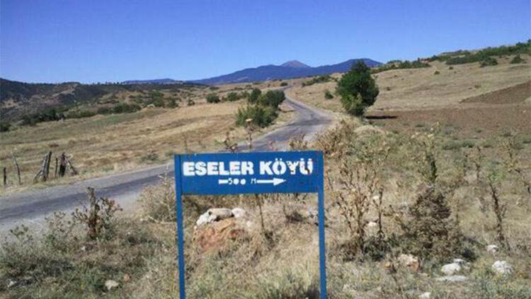 Emet'te cadde ve sokaklarda gezerek sigara içmek yasaklandı, bir köy karantinada