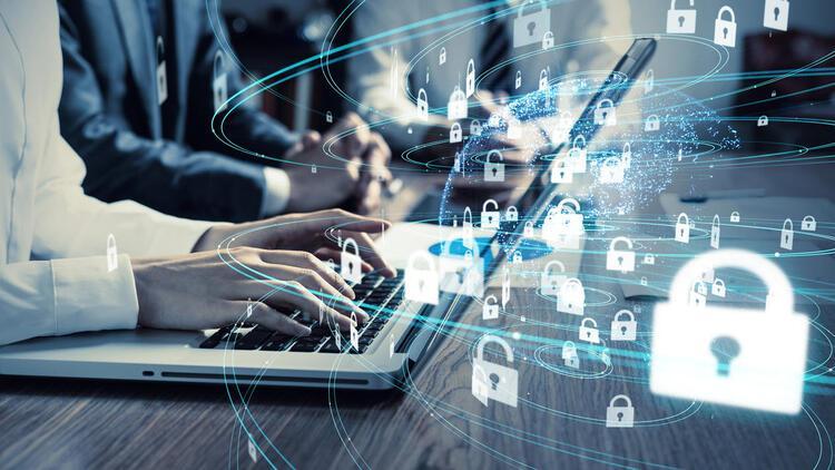 Dijital vatandaş mahremiyetini ve kişisel haklarını nasıl korur?