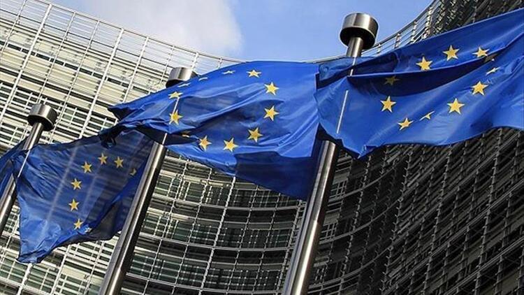 Euro Bölgesi'nde yıllık enflasyon eksi 0,3 oldu