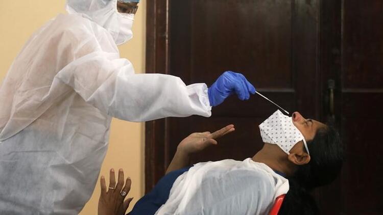 ABD'de bir kadının Kovid-19 sürüntü testi yapılırken kafatası duvarı delindi