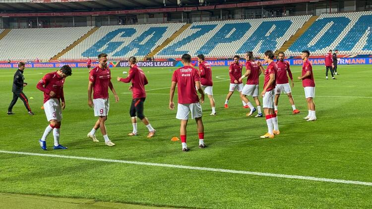 A Milli Takım, Almanya, Rusya ve Sırbistan maçları için toplanıyor
