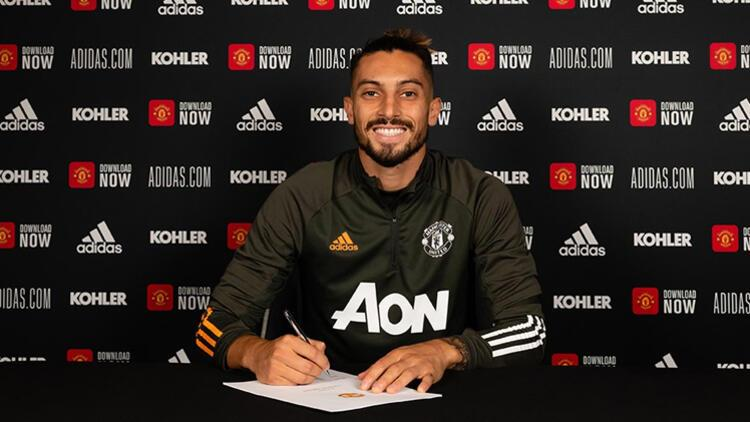 Son dakika transfer haberi | Alex Telles resmen Manchester United'da!