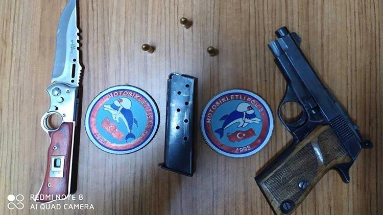 Polis, yol uygulamasında 3 adet ruhsatsız tabanca ele geçirdi