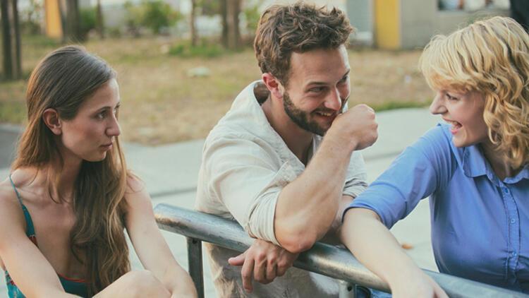 Araştırmalara Göre Evli İnsanlar Bekarlardan Daha Mutlu Değil!