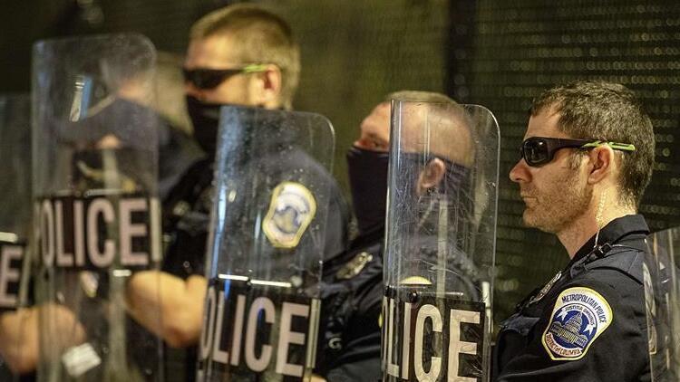 ABD'de siyahi Jonathan Price'ı öldüren polis memuru kovuldu