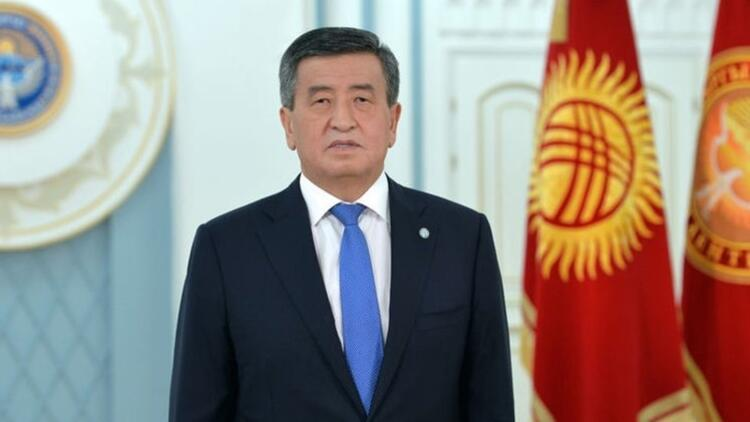 Son dakika: Kırgızistan'da hükümet düştü!