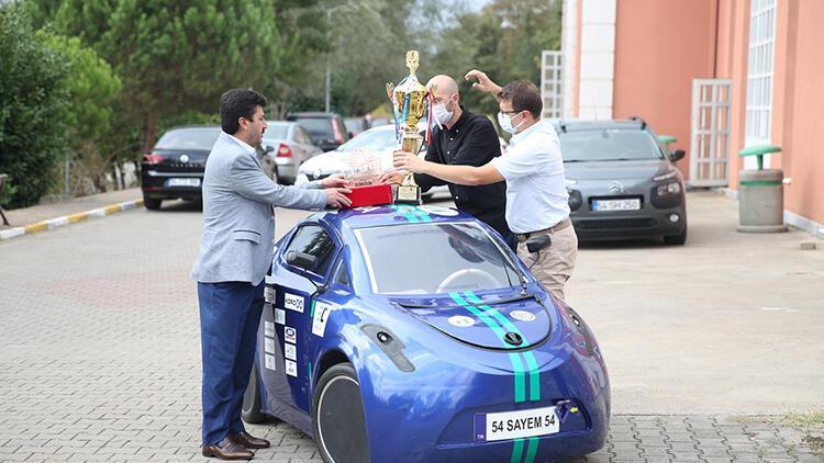 Mühendislik öğrencileri umut oldu... Geliştirdikleri araç ödülleri topladı