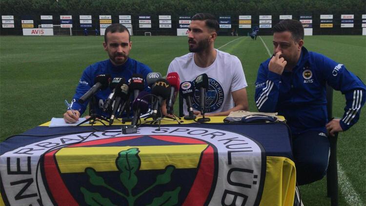 Son Dakika   Fenerbahçe'nin yeni golcüsü: Zlatan diye çağırırlar ama benim Kemal Ademi