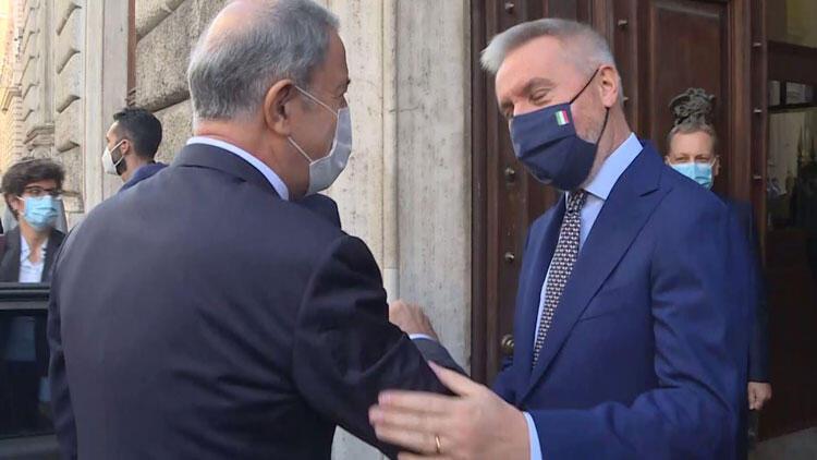 Son dakika... Bakan Akar'dan İtalya'da kritik görüşme