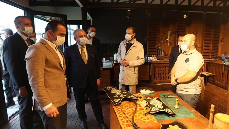 TBMM Başkanı Şentop, Okçular Vakfı'nı ziyaret etti