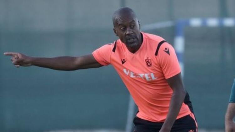 Eddie Newton, Trabzonspor'un iskeletini belirlemeye çalışıyor
