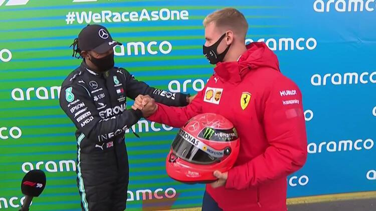 Formula 1'de Lewis Hamilton, Michael Schumacher'in rekoruna ortak oldu!
