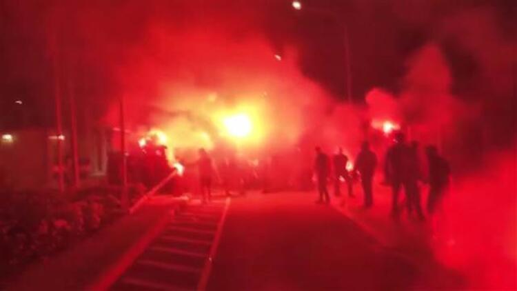 Fanatik Rumlardan 'Maraş' provakasyonu! Sınırda yangın çıktı
